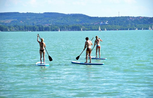 Diving 'head first' into stand-up paddle boarding